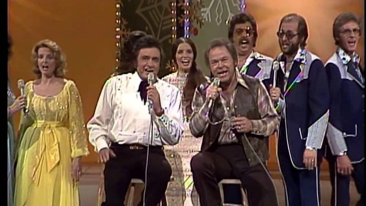Johnny Cash, Roy Clark, Family and Friends - Christmas Medley ...