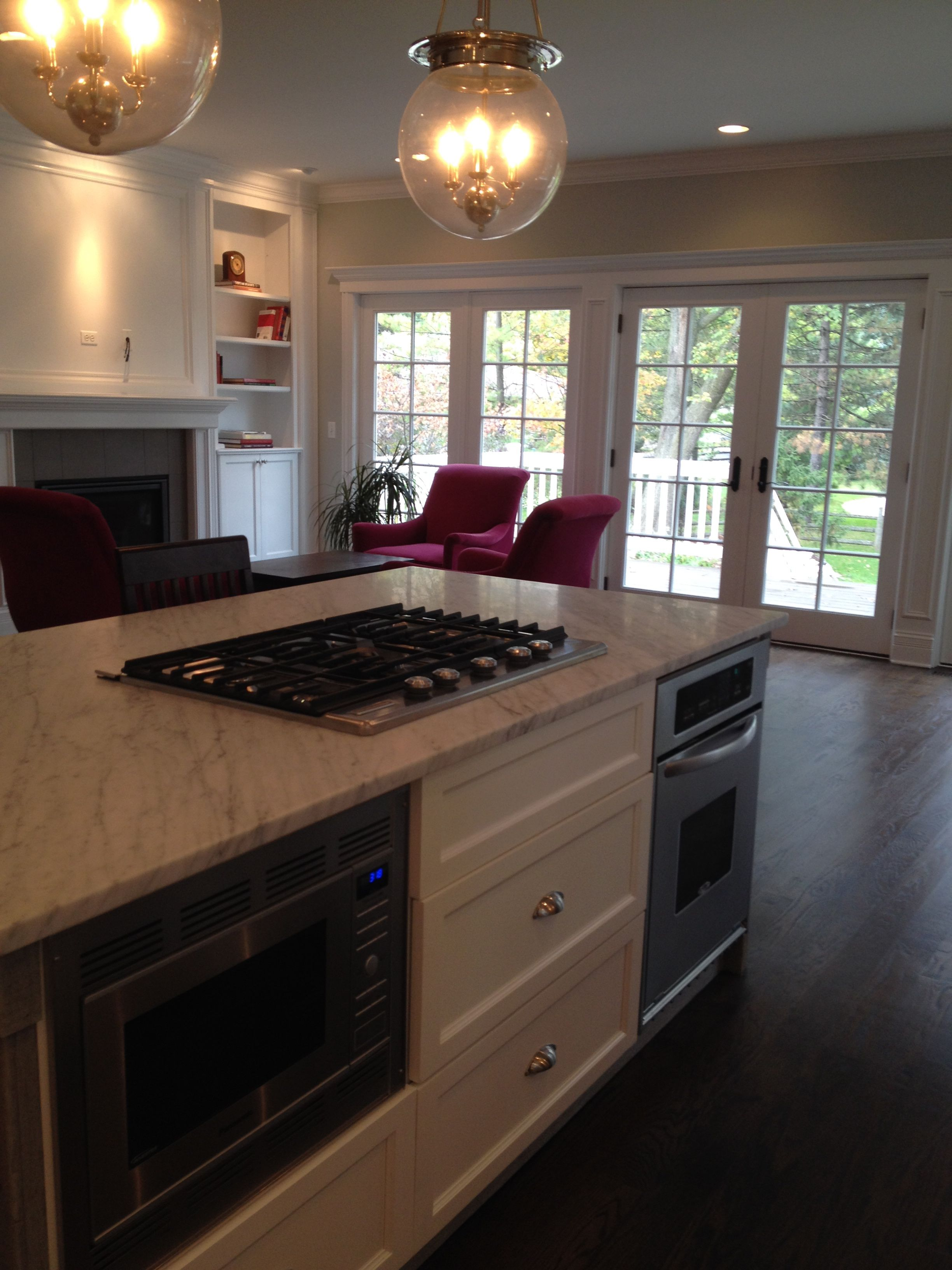 Kitchen Island With Carrara Marble Countertop Gas Cooktop 2nd Oven And Microwave