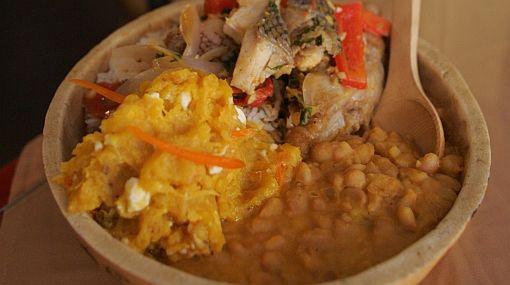Un plato ecuatoriano convertido en una tradición familiar en Lima