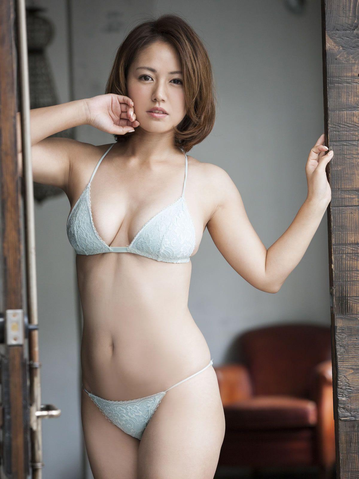 isoyama sayaka