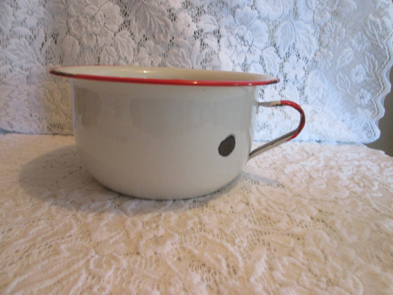 Vintage Enameled Chamber Pot Vintage Pot De Chambre En Email Avec Images Vintage Pots Etsy