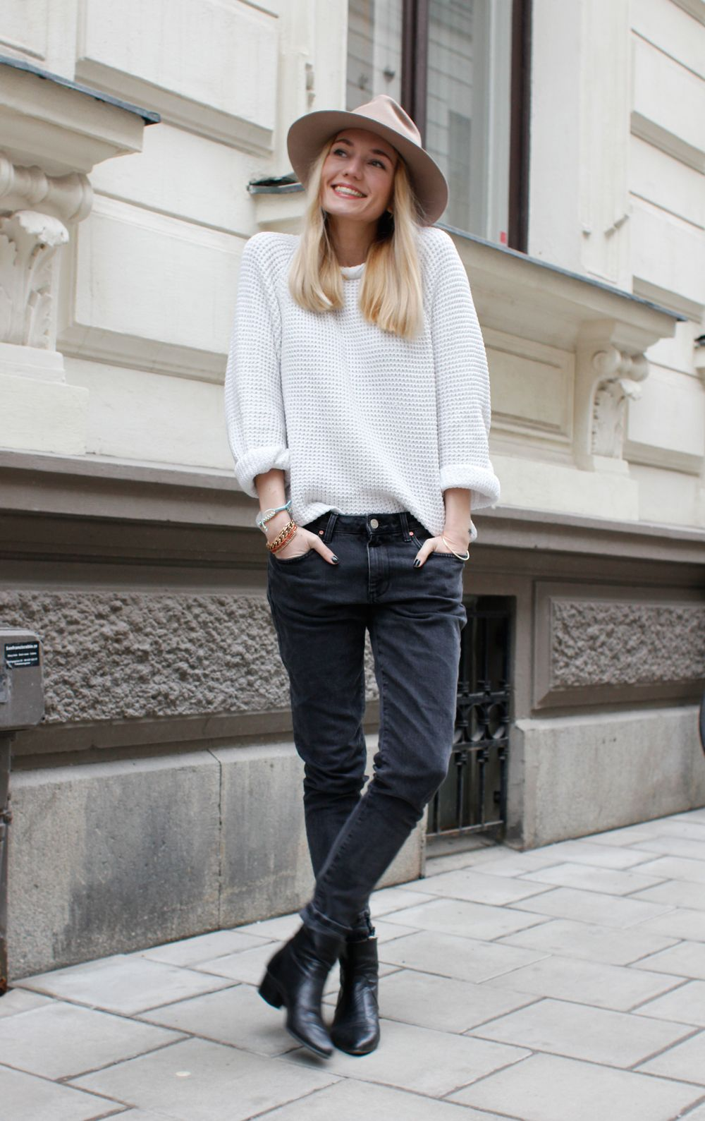 dd8ae68b268 Love this look! So effortless chick. Skinny jeans