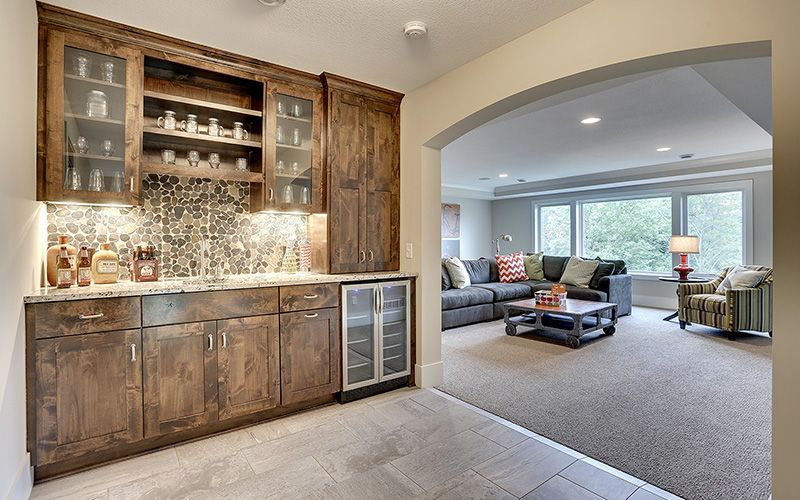 5 Bedrooms, 7 Bathrooms, 6,358 Square Feet. Gonyea is a Minneapolis MN home builder with custom homes and lots for sale in Reeder Ridge – Eden Prairie MN.
