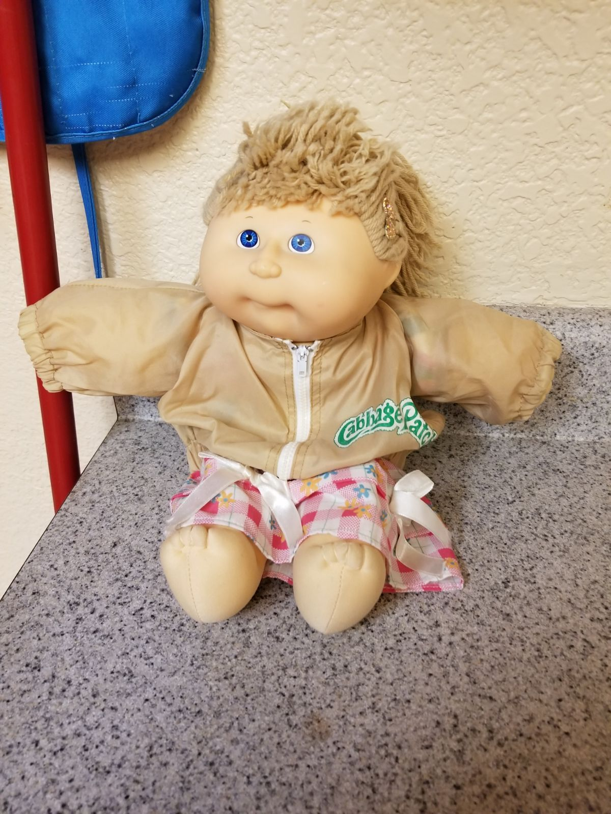 Cabbage Patch Doll With Jacket From 1988 Condition Is Used Looks Brand New Cabbage Patch Kids Dolls Cabbage Patch Babies Cabbage Patch Dolls