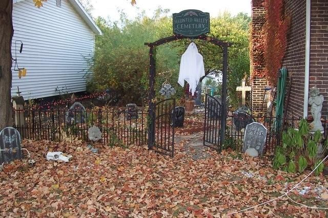 HALLOWEEN DECORATIONS  IDEAS  INSPIRATIONS Halloween Outdoor - halloween decorations ideas yard