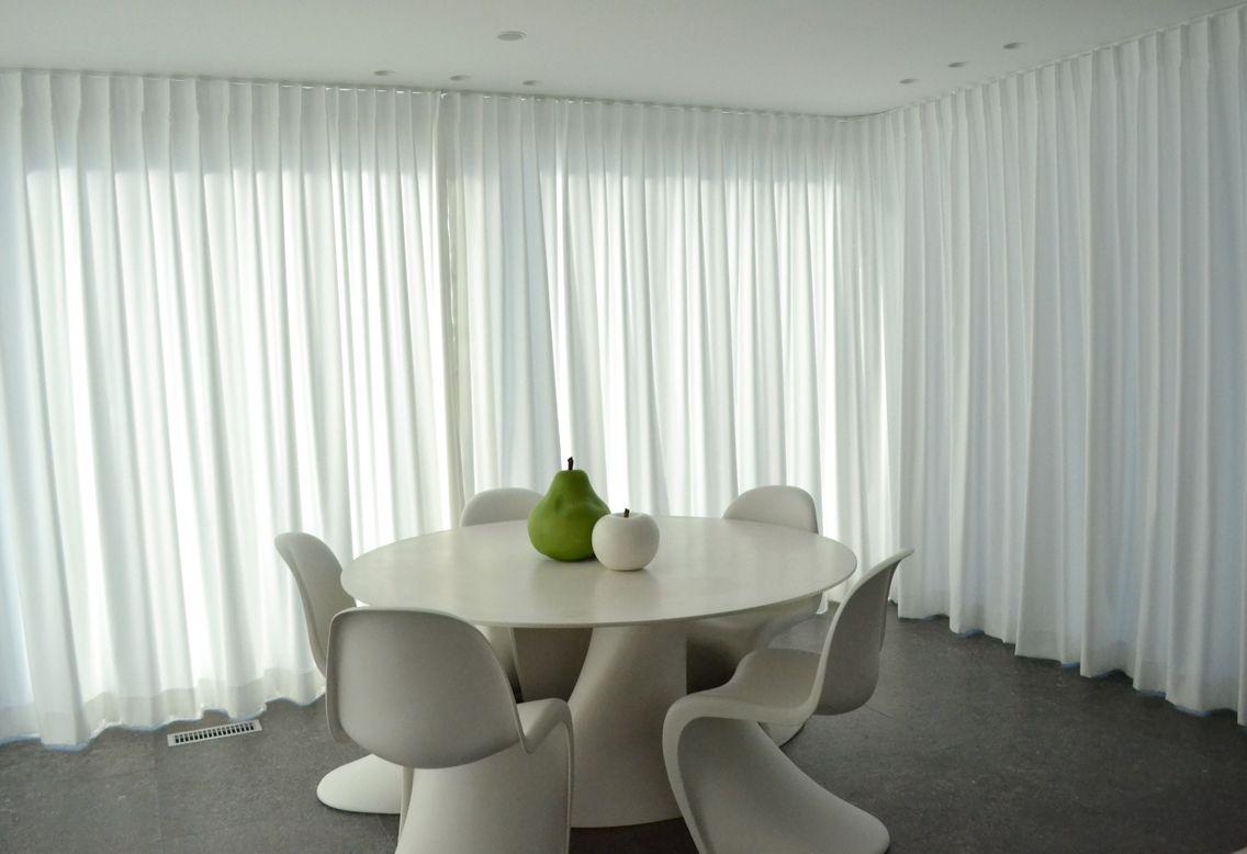 gordijnen #wit #lichtdoorlatend #curtains www.ldesigndecoratie.be ...