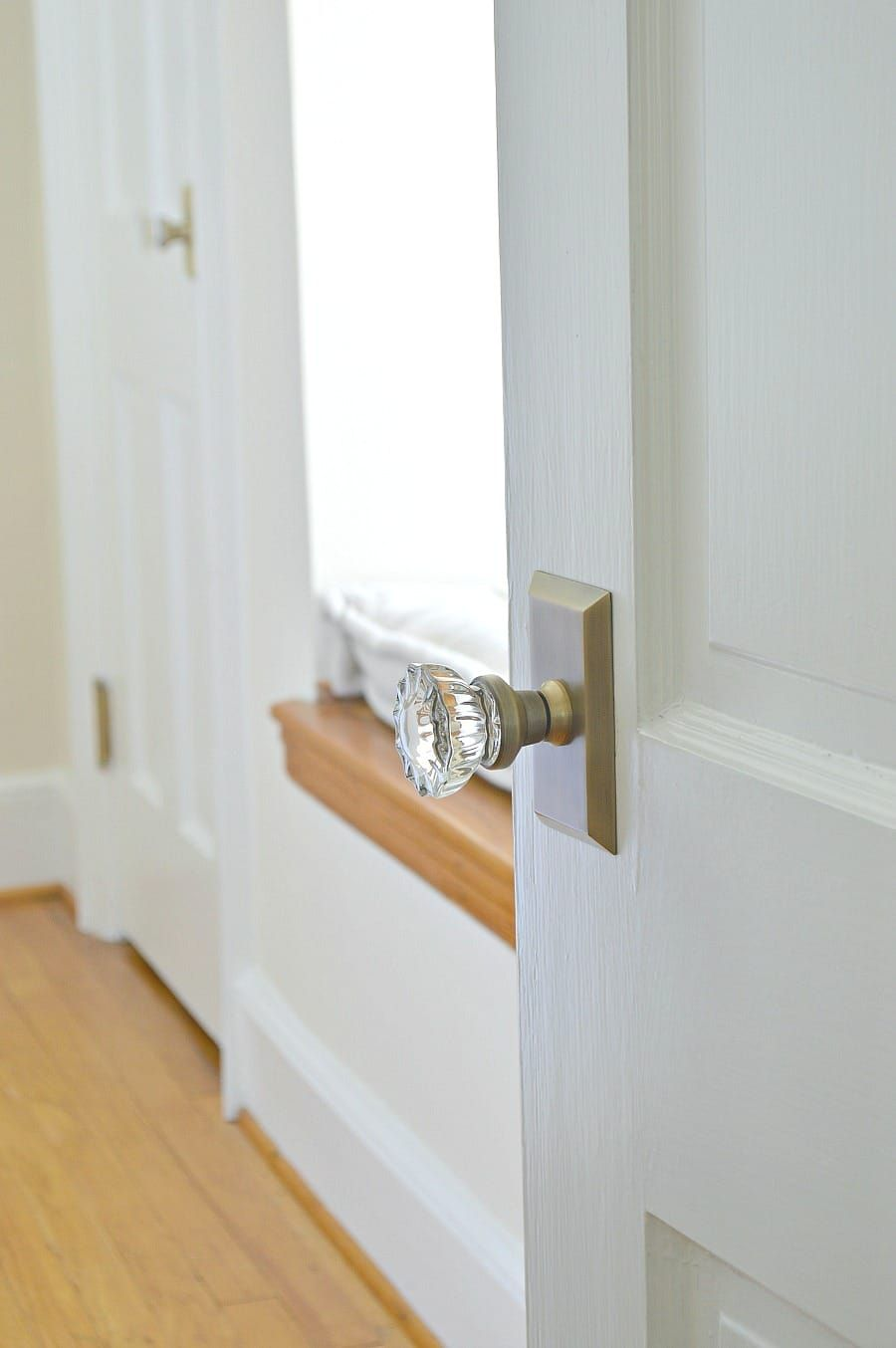The Best Kept Secret To Installing New Door Hinges And Door Knobs #diy # Doorknobs #door