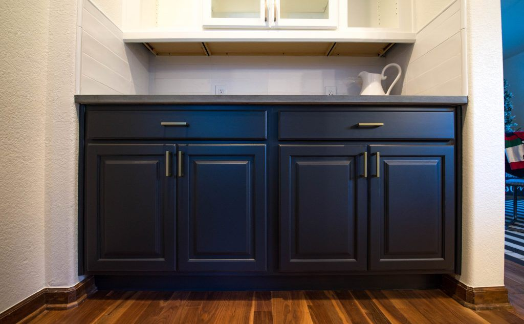 How Much Does It Cost To Paint Kitchen Cabinets Walls By Design Cost Of Kitchen Cabinets Kitchen Paint Kitchen Cabinets