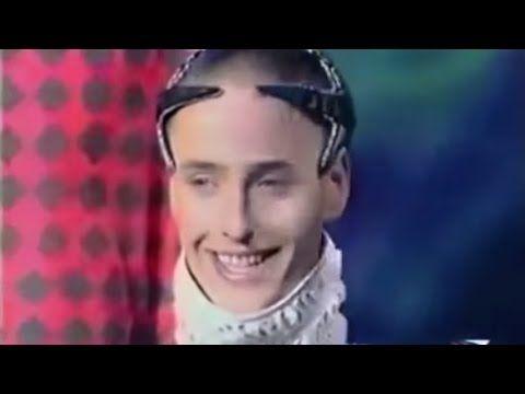 Weird russian singer - Chum Drum Bedrum | Singer, Strange ...