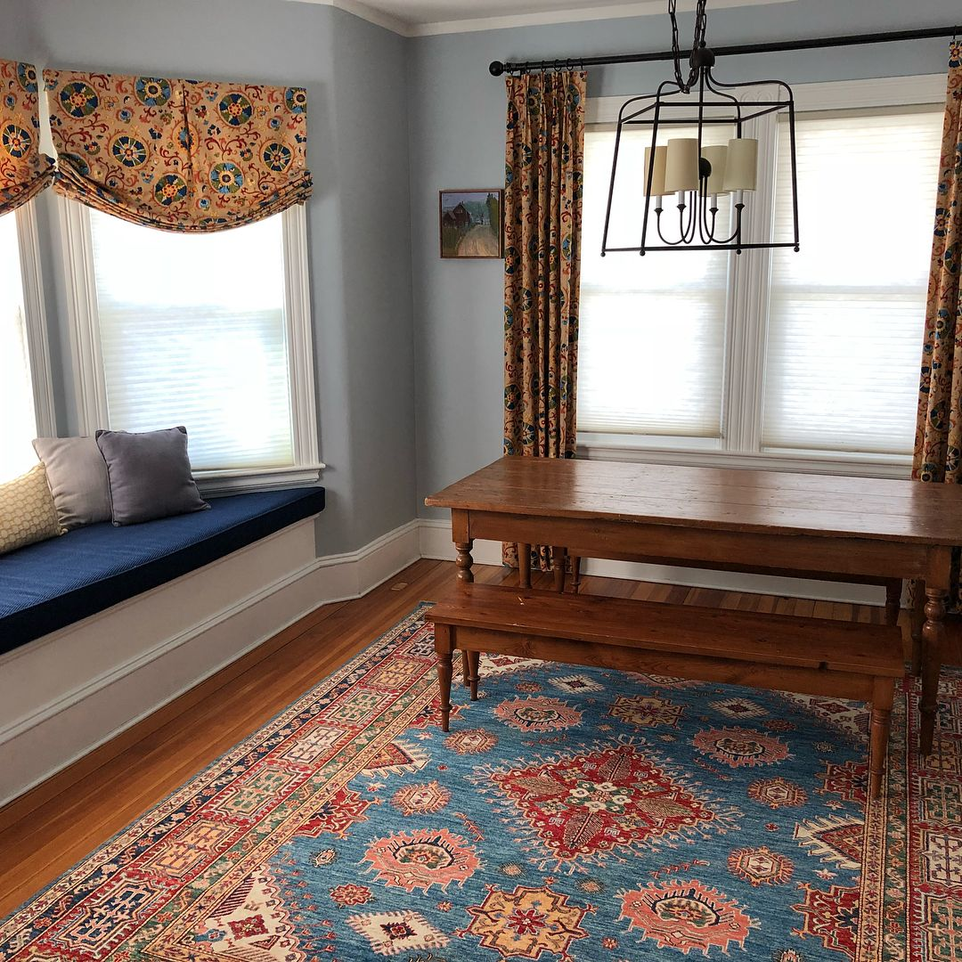 Repost Of A Colorful Family Room With A Rug To Die For Tapperrichardsinteriors Learningtoinstagram B In 2020 Family Room Colors Custom Drapes Home Decor
