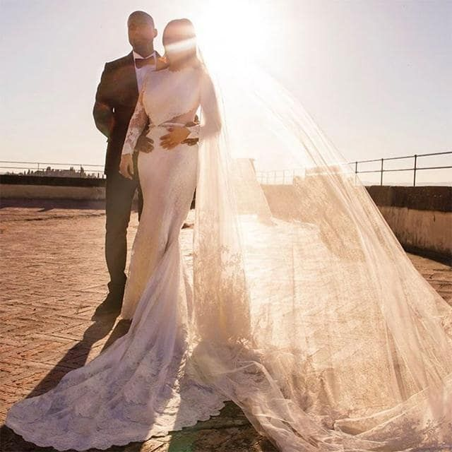 Khloe Kardashian Wedding Dress: Kim Kardashian West And Kanye West's Wedding Album