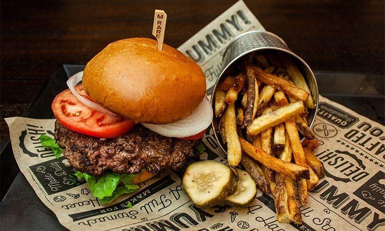 Best Restaurants Near The Fremont Street Experience In 2020 Vegas Food Las Vegas Food Good Burger