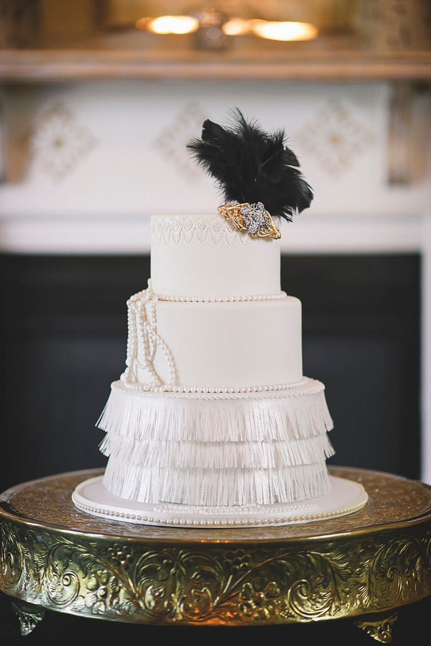 Jeepers Creepers! 28 Unmissable Art Deco Wedding Cakes | CHWV ...