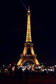 Картинки по запросу скачать картинку эйфелевой башни ...