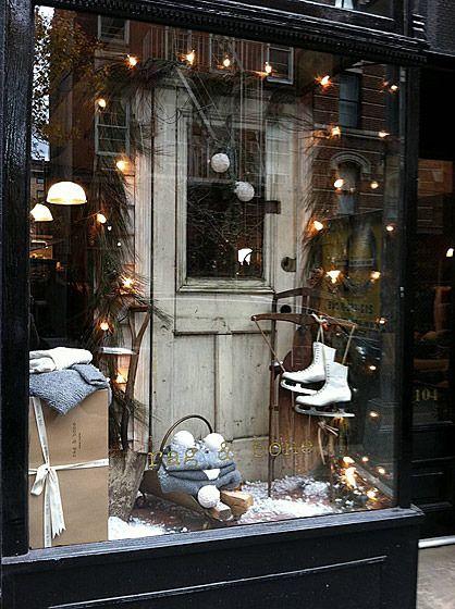 100+ Christmas Window Display Ideas - Part #2 Christmas display