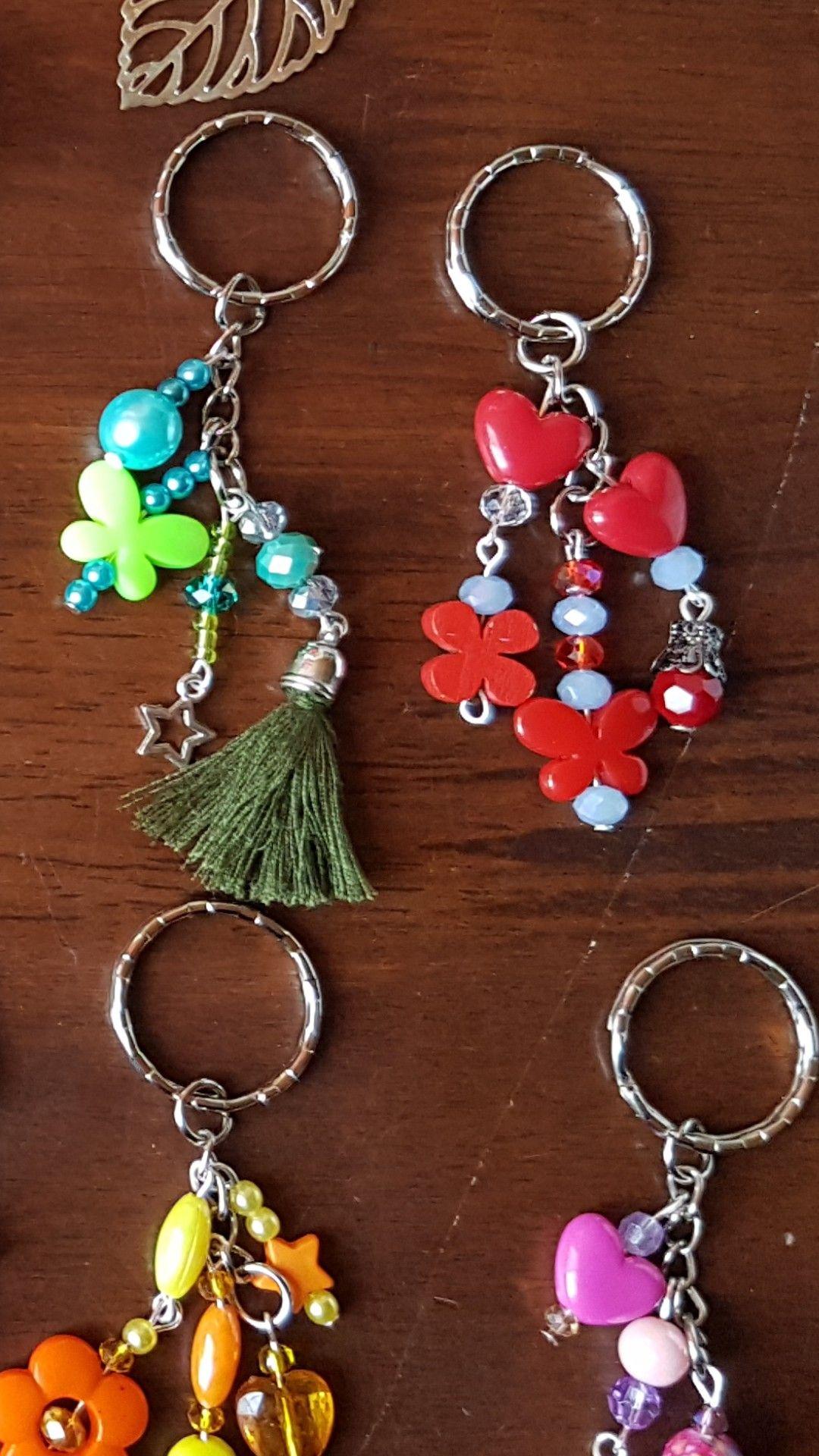 Plastic bead upscaled charms Beaded jewelry diy, Jewelry