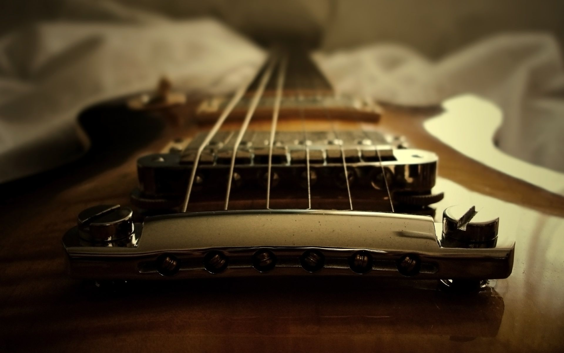 Pin By Kate Frey On Guitars Are Objects Of Desire Guitar Pics Guitar Electric Guitar