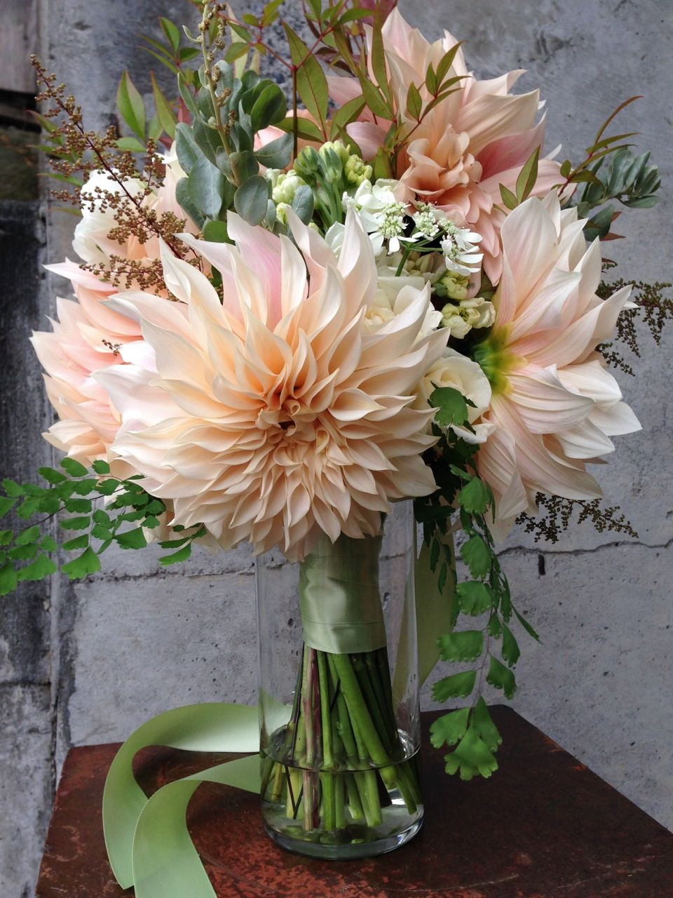 Flower Spotlight Caf Au Lait Dahlias Bouquet Pinterest