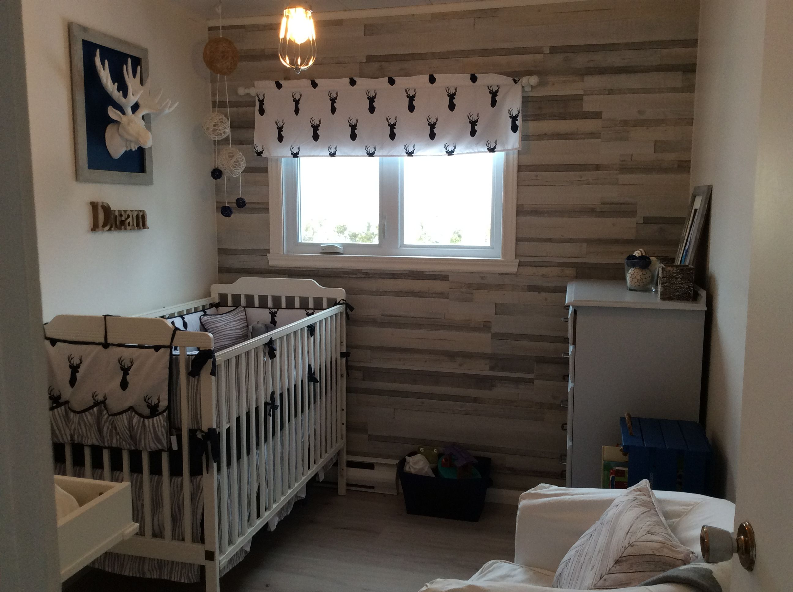 Chambre th matique chalet pour b b gar on chalet - Collection chambre bebe garcon ...