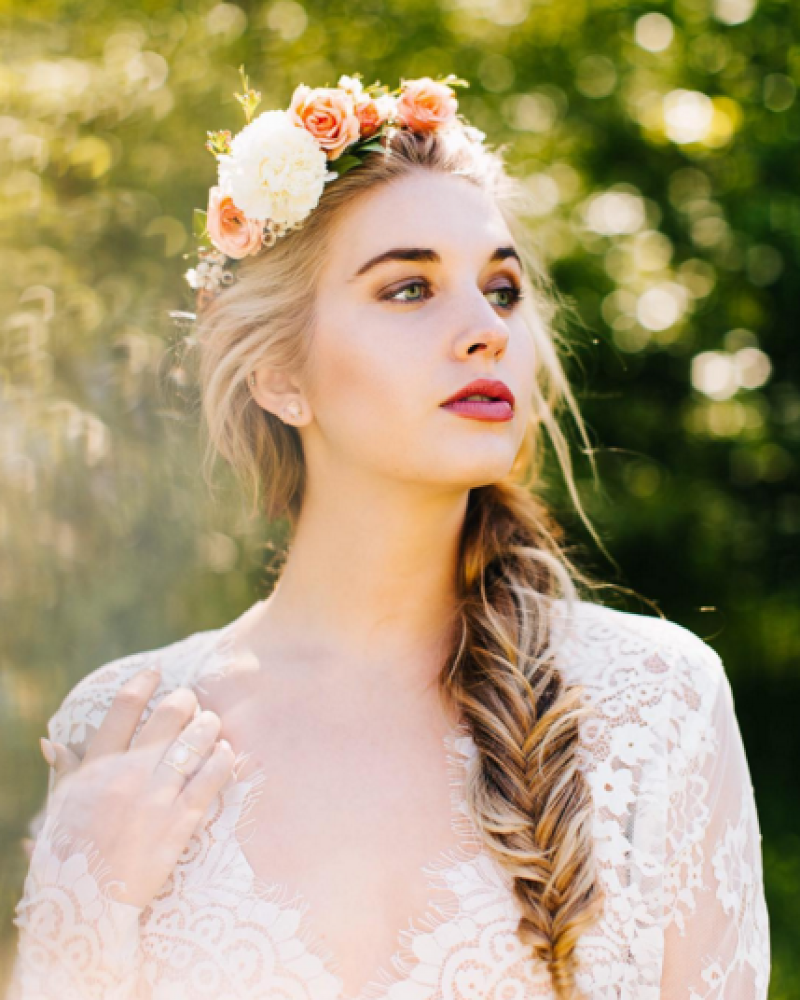 Wedding Hairstyle Crown: Stunning Bride With Fishtail Braid And Flower Crown