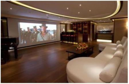 Steven Spielberg Seven Seas Yacht Out Spielberg S 200