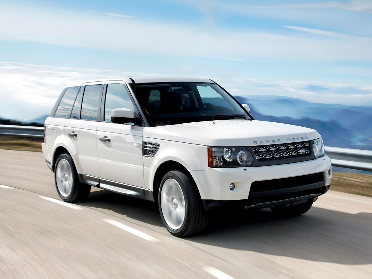 If I Were To Get An Suv This Would Be My Pick Range Rover Range Rover Sport Range Rover White