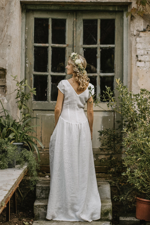 Linen Wedding Dress Simple Wedding Dress Modest Wedding Etsy Linen Wedding Dress Wedding Dresses Modest Wedding Dresses [ 3000 x 2000 Pixel ]