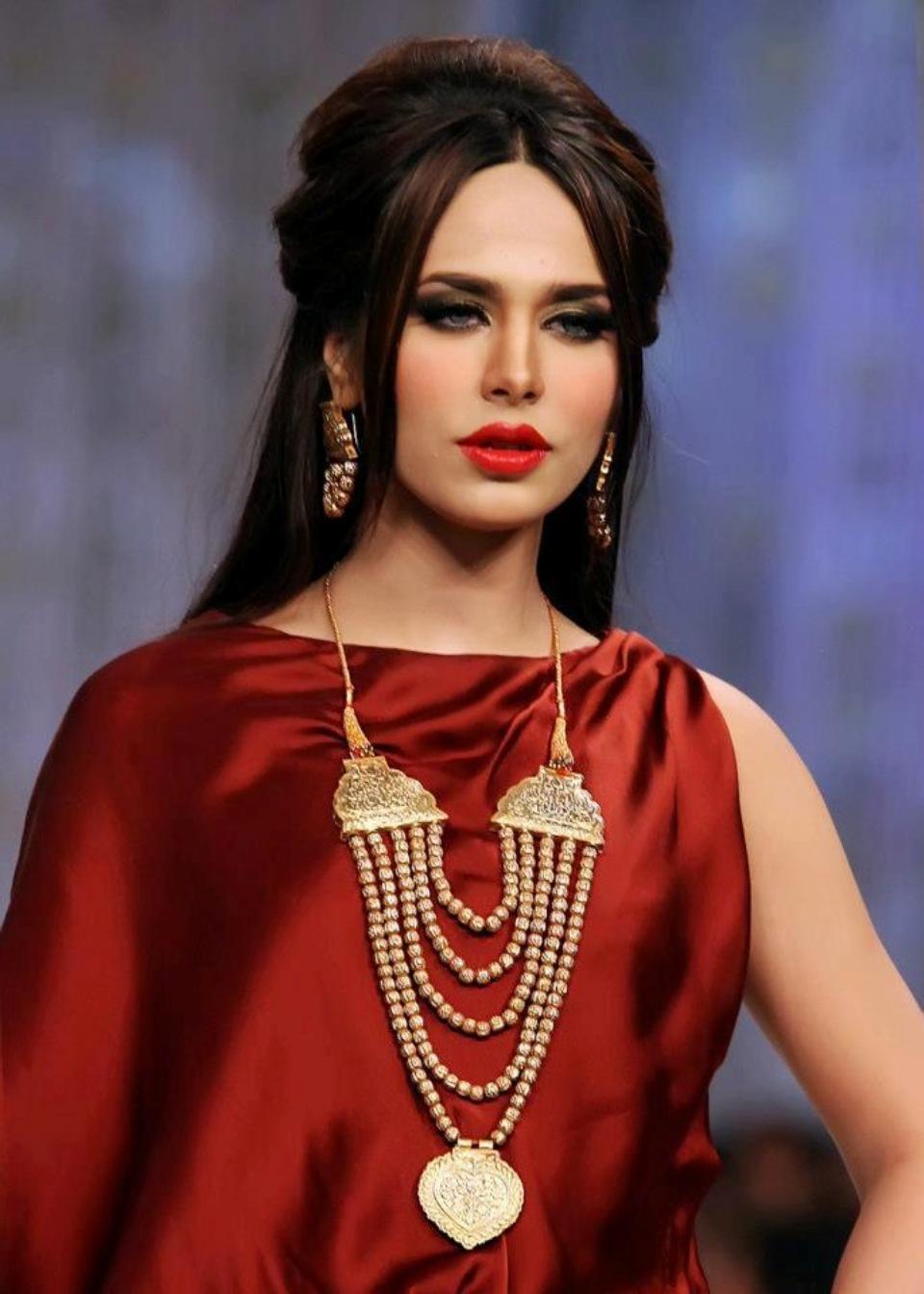 Ayyan ali bridal jeweller photo shoot design 2013 for women - Model Ayyan Ali Pinner Sandra Andrade S