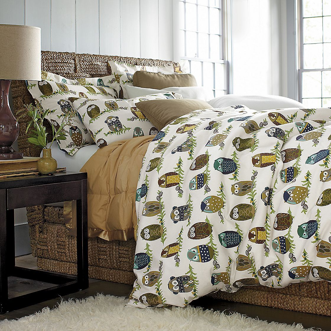 Using Twin Flat Sheets In This Grown Up Mod Owl Print To