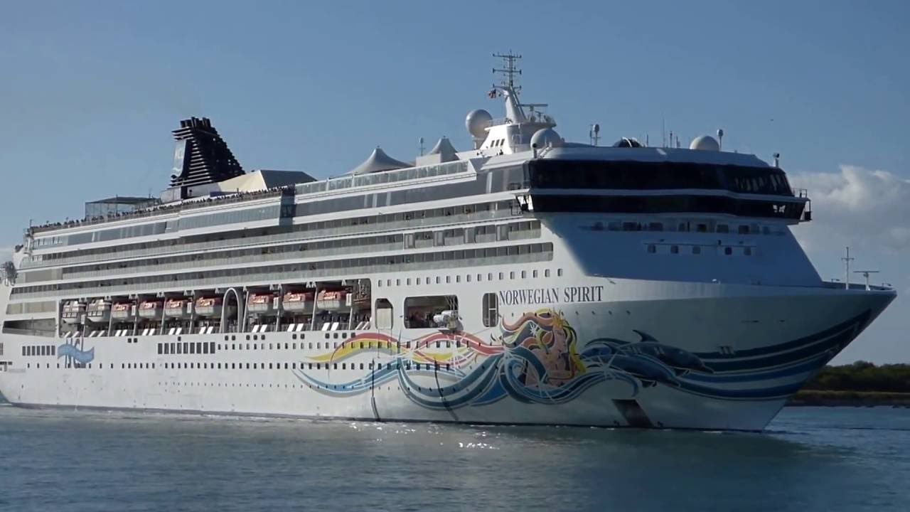 Cool Cruise Ship NCL At Key West Fla About Cruises Pinterest - Cruise ships key west