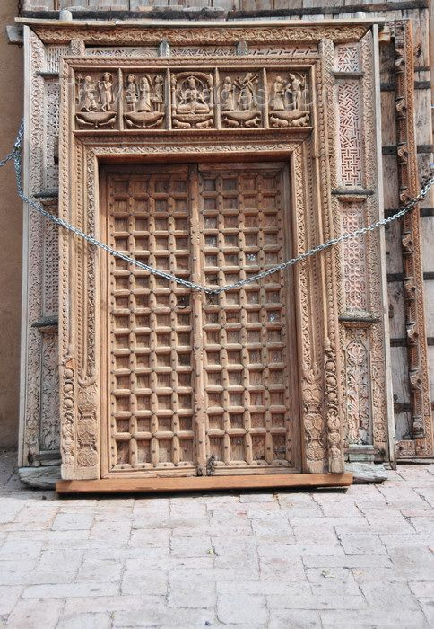 usa1560: Santa Fé, New Mexico, USA: Indian doors - carved wood work on
