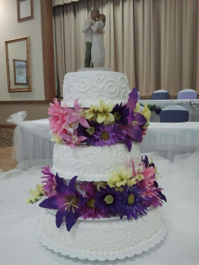 5 separate wedding cakes separate tiered wedding cake with purple flowers all bc 10450