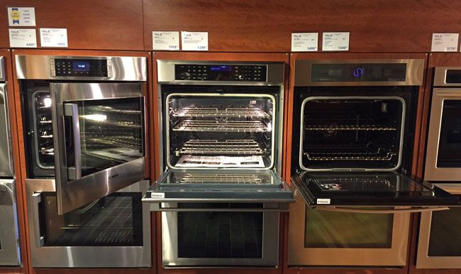 Side Swing And French Door Wall Ovens Have Become Por We Yze The Benefits Of