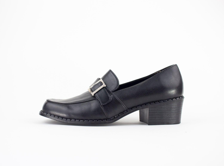 7edc25365be 90s Vintage Mary Jane Heels