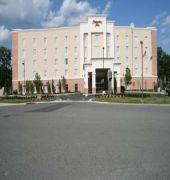 Hotel Hampton Inn Richmond Airport Sandston Va U S A For Exciting Last Minute Deals Checkout Tbeds Visit Www T Virginia Hotels Hampton Inn Hotel