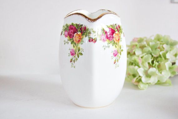 Royal Albert Old Country Roses Vase Vintage Vase Elegant Vase