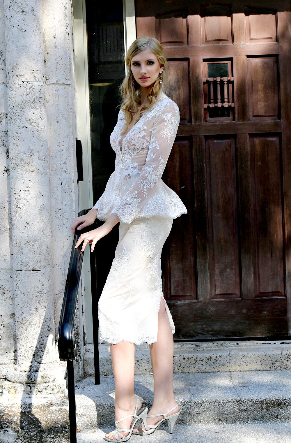 Stunning Bridal Separates Vintage Lace Long Sleeved Wedding Sheer Jacket Paired With Mid Calf Pe Wedding Dresses Unique Wedding Dress Sets Short Wedding Dress [ 1520 x 1000 Pixel ]