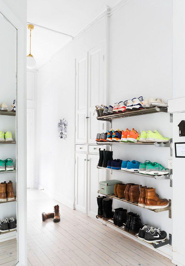 skoopbevaring 23 geniale ideer til skoopbevaring   Boligliv | sko | Pinterest  skoopbevaring