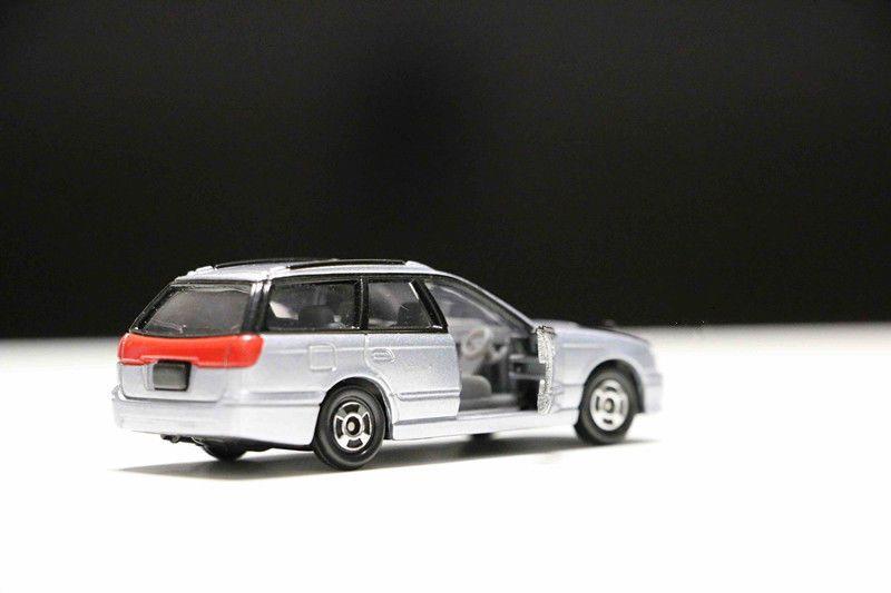 TOMICA SUBARU Legacy NO.18 1:60 TOMY Diecast Car Model Collection