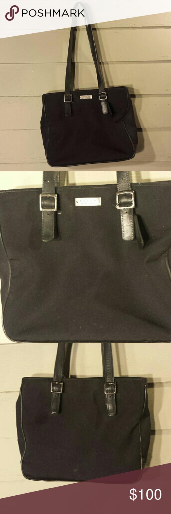 Coach Handbag Good condition  3 inside pockets 1 zip Coach Bags