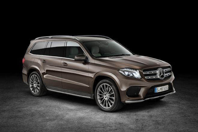 The 2017 Mercedes Benz Gls Is Essentially A Refreshed Version Of Gl