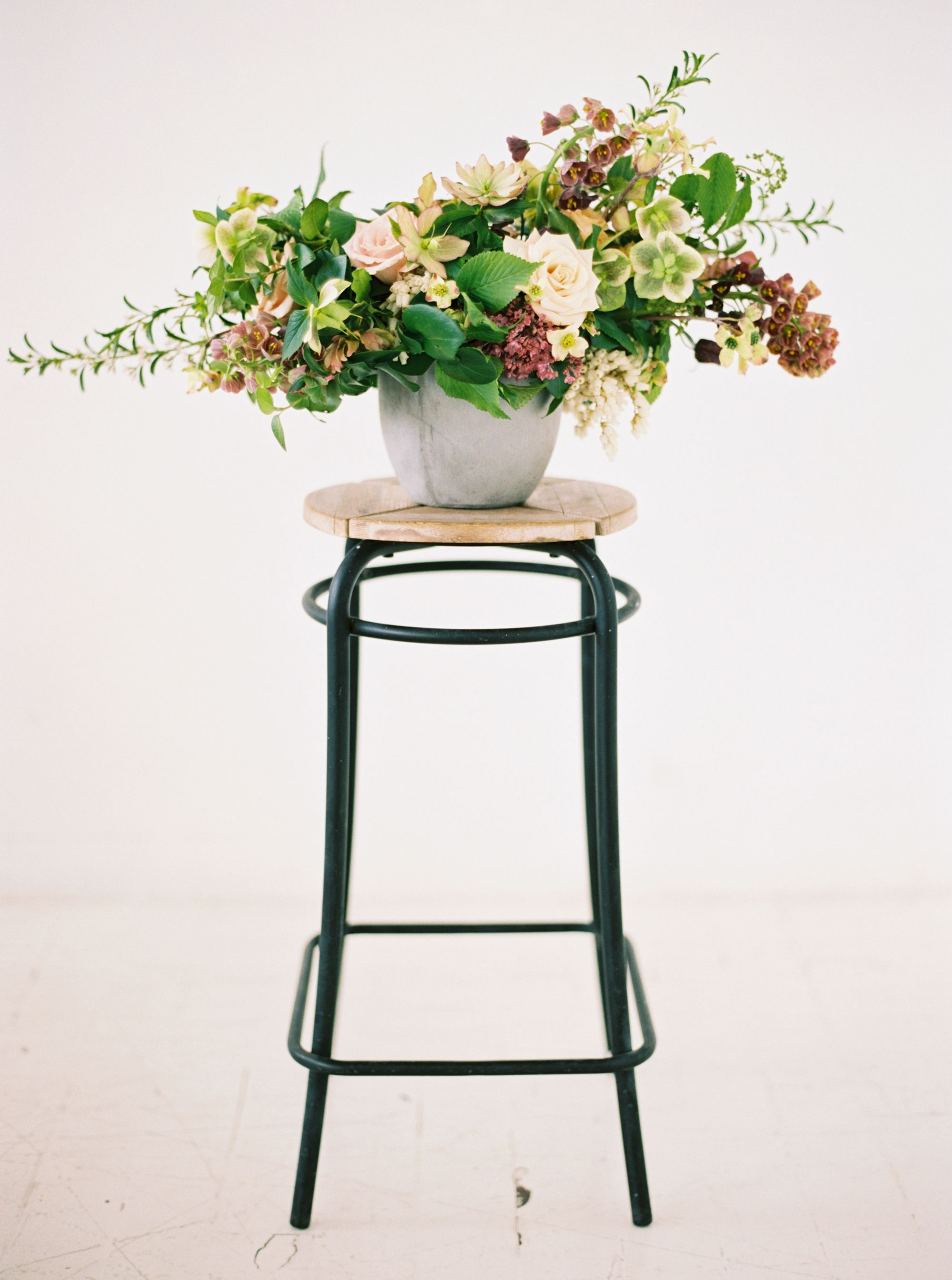 Photography annapetersphoto design florals and handdyed linens
