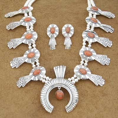 Native American Hopi Sterling Silver Spiny Oyster Women Squash Blossom Necklace