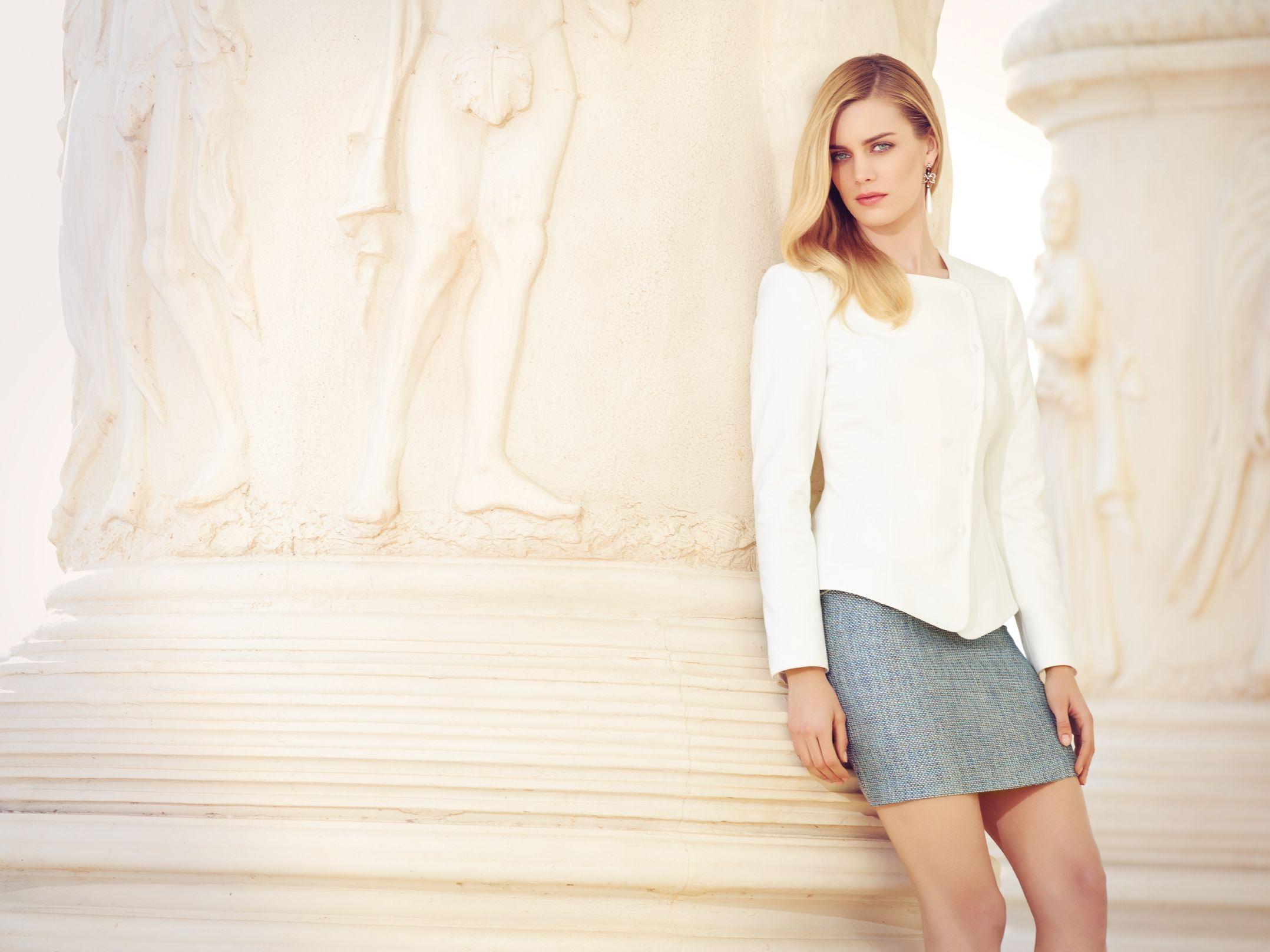 Adl 2013 Ilkbahar Yaz Koleksiyonu Working Chic Stil Sahibi Guclu Sehirli Ve Sik Kadin Imajini Vurguluyor Yeni Sezonun Marka Yuzu Ise Amerikali Model Tara