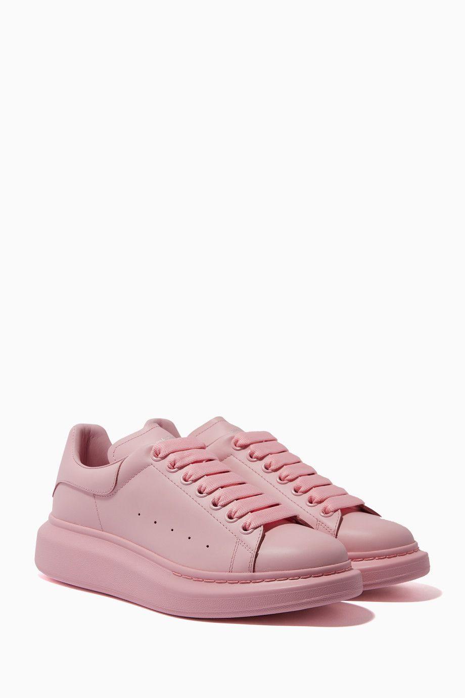 Pin by J.E.I. on Women's Bag & Shoe Guide | Girls sneakers