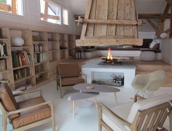 une d co moderne qui contraste avec le style rustique et. Black Bedroom Furniture Sets. Home Design Ideas
