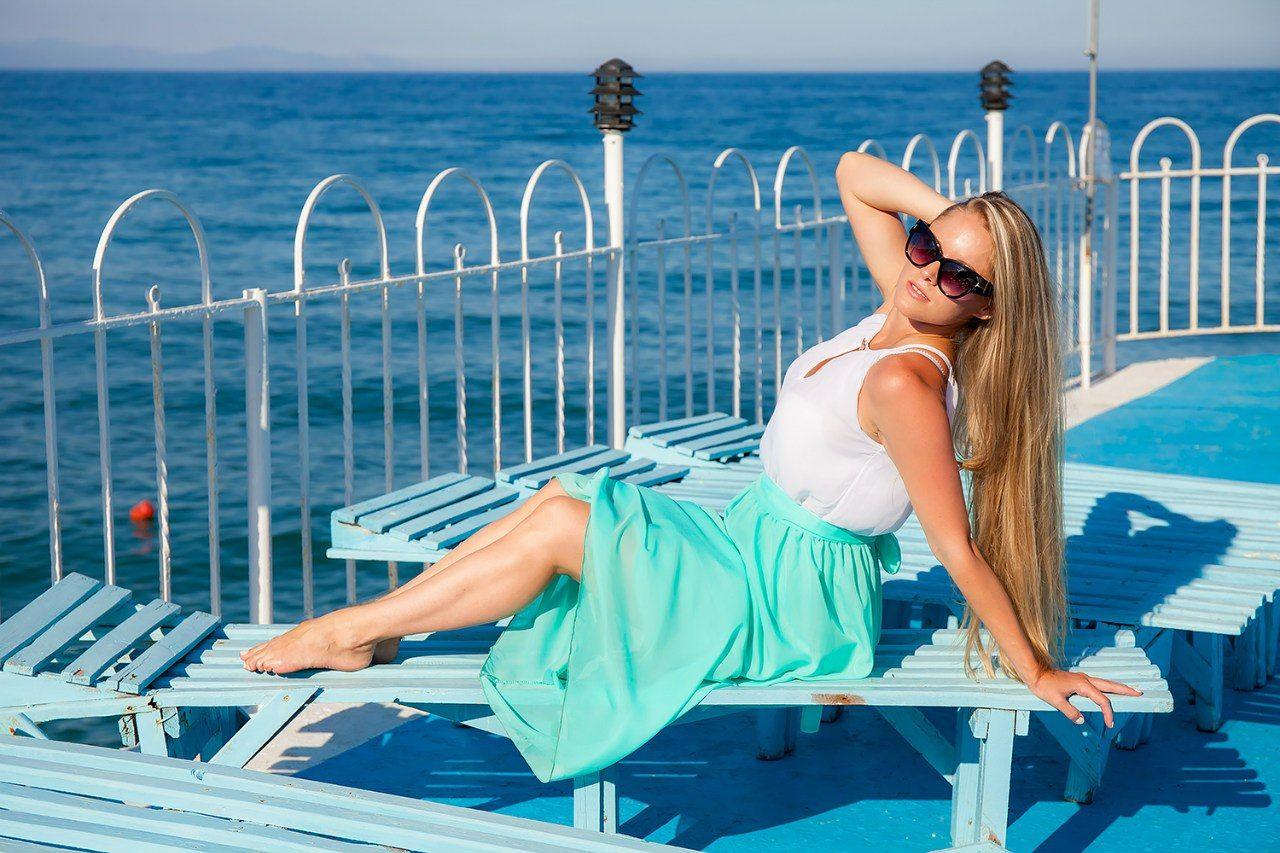 фотосессия на набережной моря заре