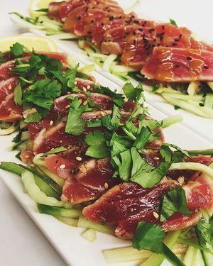 Seared Tuna garlic cilantro sauce OR miso-sesame-chili ...