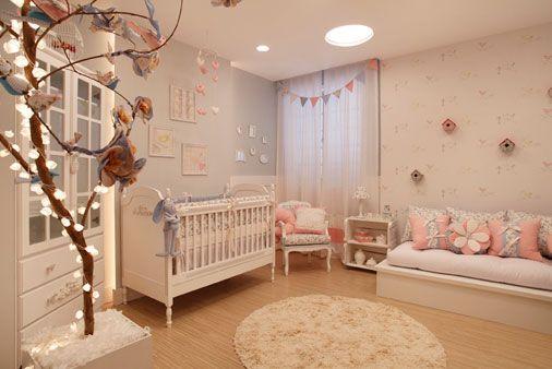 O bebê está chegando e, nessa hora, os pais de primeira viagem precisam de todo o auxílio para criar um ambiente acolhedor e relaxante para o mais novo membro da família. Confira esta galeria de fo…