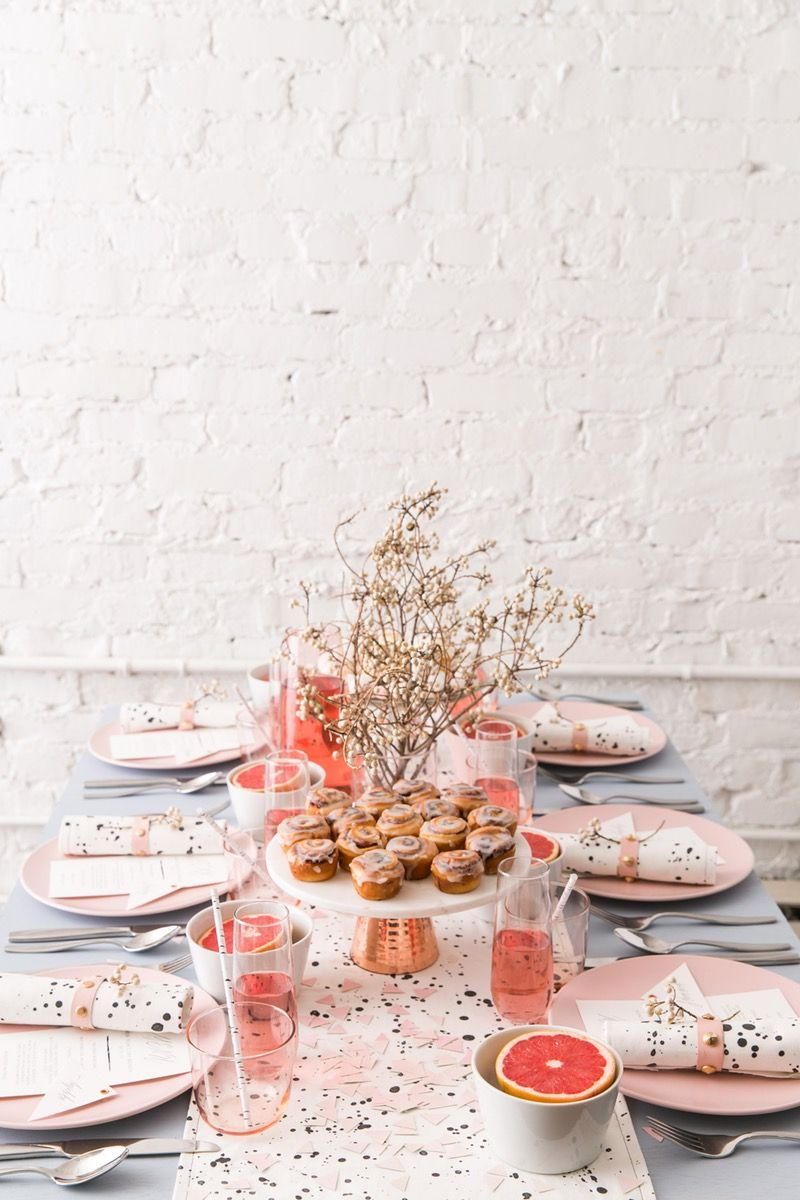 53fb335ed71d How to Throw the Most Glam New Years Brunch Ever | Daily Inspiration ...